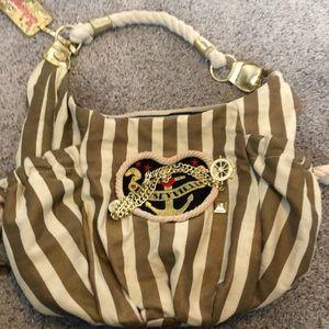 Betseyville nautical handbag w/ zip pocket inside